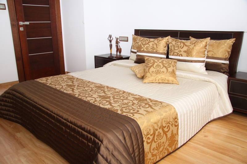 Luxusní přehoz na postel 240X260cm 34h/240X260 přehozy na postel