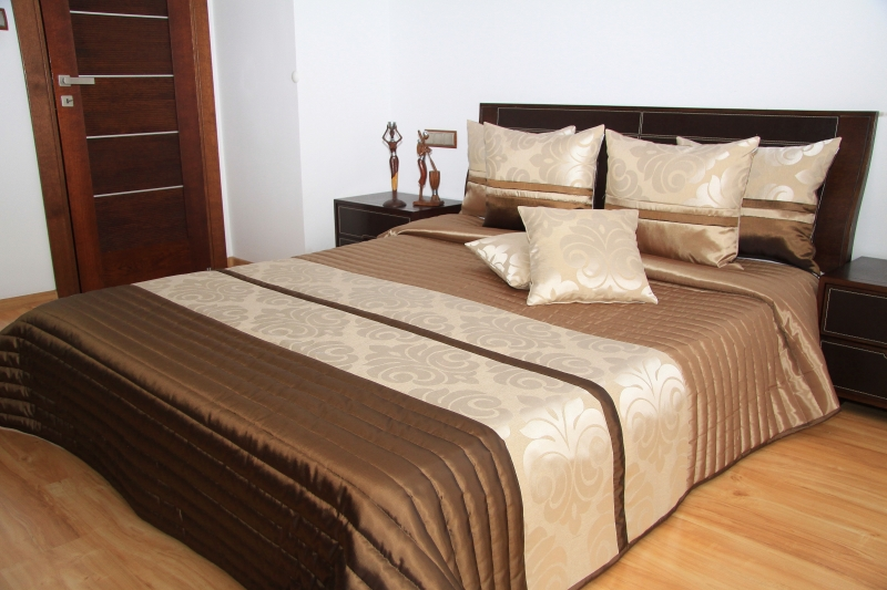 "Přehoz na postel ""skladem"" 220x240cm 27s / 220x240 přehozy na postel"