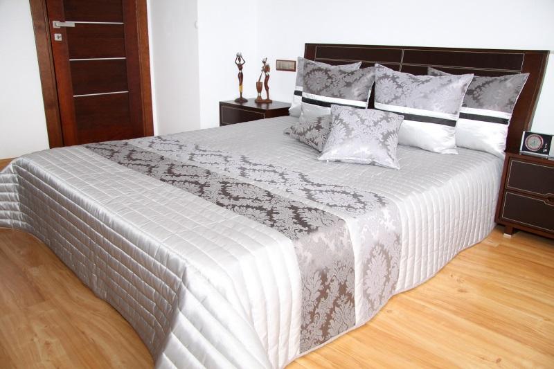 Luxusní přehoz na postel 220x240cm 36g / 220x240 přehozy na postel